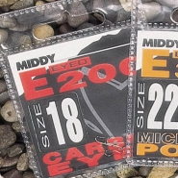 Крючок одинарный MIDDY E200 Mic Barb Eyed (10 шт.) № 20